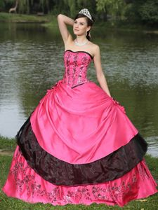 Hot Pink Quinceanera Dress Hand Made Flowers With Embroidery