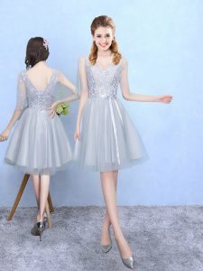 Discount Silver Half Sleeves Lace Knee Length Dama Dress for Quinceanera