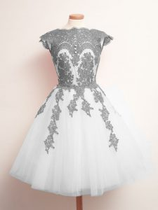 White Lace Up Dama Dress for Quinceanera Appliques Sleeveless Mini Length