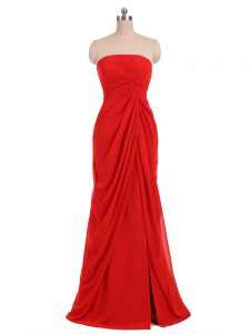 Custom Made Red Zipper Quinceanera Court Dresses Ruching Sleeveless Floor Length
