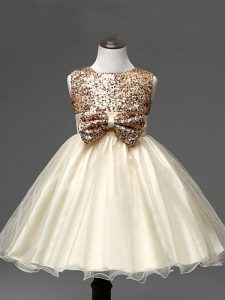Champagne Zipper Little Girls Pageant Gowns Sequins and Bowknot Sleeveless Knee Length