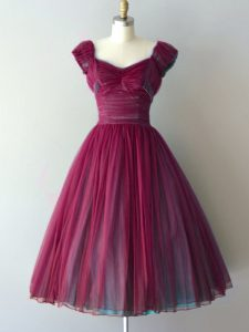 Cap Sleeves Chiffon Knee Length Lace Up Damas Dress in Burgundy with Ruching