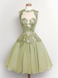 Best Selling Olive Green A-line Chiffon High-neck Sleeveless Lace Knee Length Lace Up Dama Dress for Quinceanera