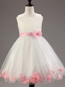 Perfect White Scoop Zipper Appliques and Hand Made Flower Pageant Dress for Girls Sleeveless