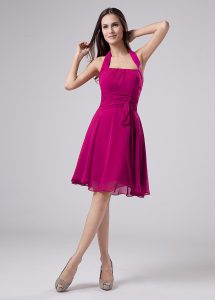On Sale Fuchsia Empire Ruching Mother of the Bride Dress Zipper Chiffon Sleeveless Knee Length