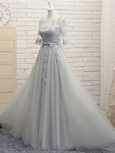 Grey Scoop Neckline Appliques Dama Dress Half Sleeves Lace Up
