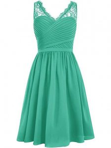 Empire Quinceanera Court Dresses Green V-neck Chiffon Sleeveless Knee Length Side Zipper