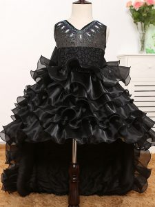 Latest A-line Little Girls Pageant Gowns Black V-neck Organza Sleeveless High Low Zipper
