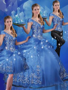 Delicate Blue Three Pieces Organza Off The Shoulder Cap Sleeves Beading and Embroidery Floor Length Lace Up Sweet 16 Dresses