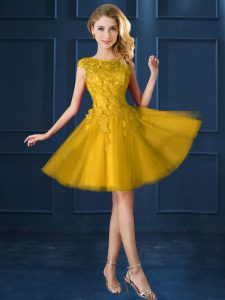 Knee Length Gold Quinceanera Dama Dress Bateau Cap Sleeves Lace Up