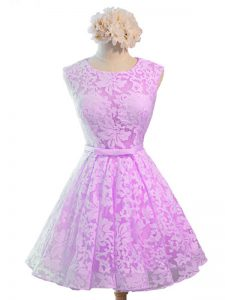 Sleeveless Lace Knee Length Lace Up Damas Dress in Lilac with Belt