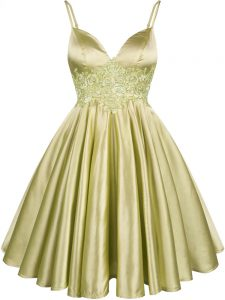 Custom Designed Knee Length Olive Green Court Dresses for Sweet 16 Elastic Woven Satin Sleeveless Lace