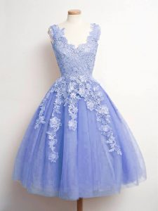 Deluxe Tulle Sleeveless Knee Length Quinceanera Court Dresses and Lace