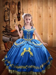 Modern Blue Sleeveless Beading and Embroidery Floor Length Little Girls Pageant Dress Wholesale