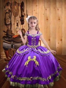 Custom Designed Ball Gowns Pageant Gowns For Girls Lavender Off The Shoulder Satin Sleeveless Floor Length Lace Up