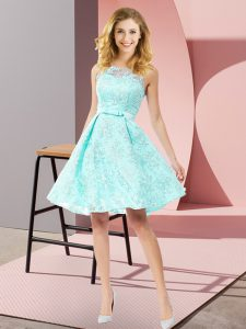Scoop Sleeveless Dama Dress for Quinceanera Knee Length Bowknot Apple Green Lace