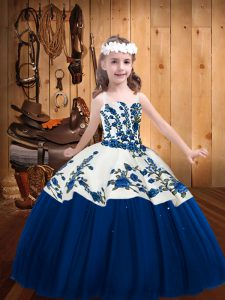 Blue Ball Gowns Embroidery Kids Formal Wear Lace Up Tulle Sleeveless Floor Length
