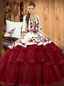 Sleeveless Embroidery Lace Up Vestidos de Quinceanera with Wine Red Sweep Train