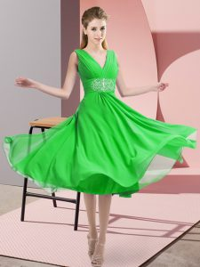 Custom Designed Green Chiffon Side Zipper V-neck Sleeveless Knee Length Quinceanera Dama Dress Beading