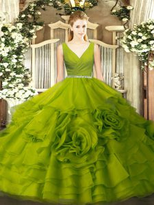 Popular V-neck Sleeveless Fabric With Rolling Flowers Quinceanera Dresses Beading Zipper