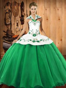 Sleeveless Floor Length Embroidery Lace Up Ball Gown Prom Dress with Green