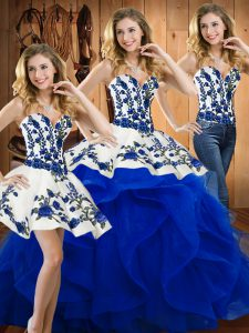 Glittering Sleeveless Embroidery Lace Up Vestidos de Quinceanera