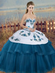 Chic Blue And White Ball Gowns Sweetheart Sleeveless Tulle Floor Length Lace Up Embroidery and Bowknot Quinceanera Dresses