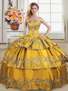 New Arrival Gold Sweetheart Lace Up Embroidery and Ruffled Layers Sweet 16 Quinceanera Dress Sleeveless