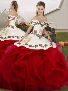 Floor Length Ball Gowns Sleeveless White And Red Vestidos de Quinceanera Lace Up
