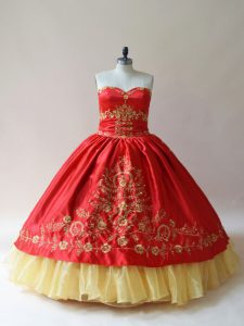 Trendy Satin Sweetheart Sleeveless Lace Up Embroidery Quinceanera Gowns in Red