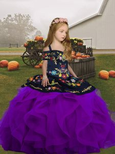 Customized Straps Sleeveless Little Girls Pageant Dress Floor Length Embroidery and Ruffles Purple Tulle