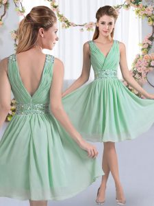 Apple Green Sleeveless Beading Knee Length Quinceanera Court Dresses