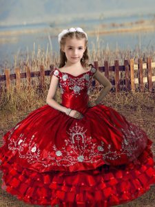 Red Satin and Organza Lace Up Off The Shoulder Sleeveless Floor Length Little Girls Pageant Gowns Embroidery and Ruffled Layers