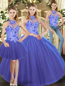 Halter Top Sleeveless Quinceanera Dress Embroidery Lace Up