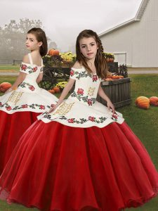 Red Ball Gowns Embroidery Pageant Gowns For Girls Lace Up Sleeveless Floor Length