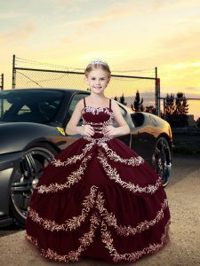 Excellent Burgundy Ball Gowns Straps Sleeveless Satin Floor Length Lace Up Embroidery Little Girls Pageant Dress Wholesale