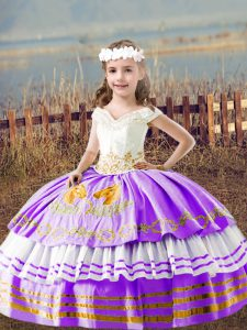 Amazing Lavender Ball Gowns Embroidery Child Pageant Dress Lace Up Satin Sleeveless Floor Length