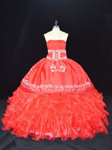 Floor Length Lace Up Quince Ball Gowns Red for Sweet 16 and Quinceanera with Embroidery and Ruffles