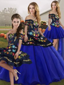 Custom Designed Royal Blue Ball Gowns Embroidery Quince Ball Gowns Lace Up Tulle Sleeveless Floor Length