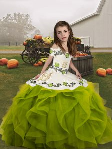 Sleeveless Embroidery and Ruffles Lace Up Child Pageant Dress