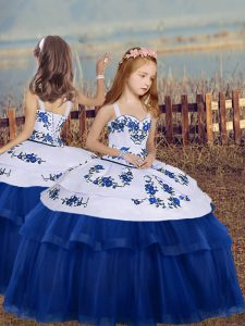 Tulle Straps Sleeveless Lace Up Embroidery Little Girls Pageant Gowns in Blue