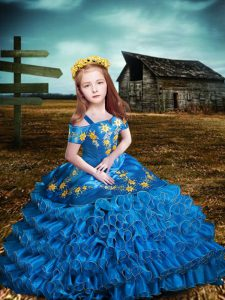 Latest Blue Short Sleeves Embroidery and Ruffled Layers Floor Length Little Girl Pageant Gowns