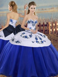 Royal Blue Sweetheart Neckline Embroidery and Bowknot 15 Quinceanera Dress Sleeveless Lace Up