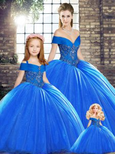 Off The Shoulder Sleeveless Brush Train Lace Up Vestidos de Quinceanera Royal Blue Organza