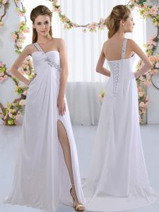 Deluxe White Lace Up Court Dresses for Sweet 16 Beading Sleeveless Brush Train