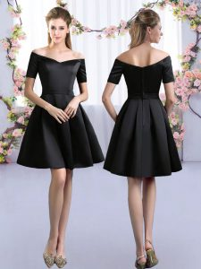 Custom Designed Black Satin Zipper Off The Shoulder Short Sleeves Mini Length Quinceanera Court Dresses Ruching