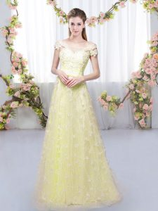 Elegant Light Yellow Tulle Lace Up Off The Shoulder Cap Sleeves Floor Length Quinceanera Court of Honor Dress Appliques