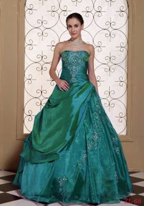 Ruching Dress for Quinceaneras with Apron Front with Embroidery