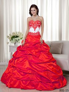 Red Quinceanera Dress Embellished with White Appliques