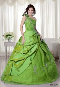 Bow One Shoulder and Ruffles Overlay for Appliques Dresses 15